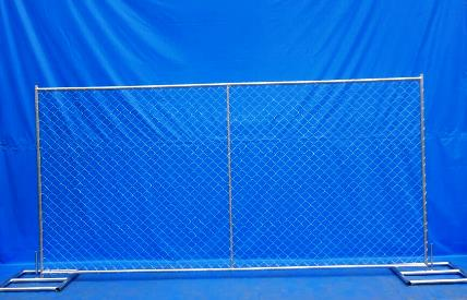 Container Of Temp Panels 6ft X 10ft W Stands Fences 4 Less